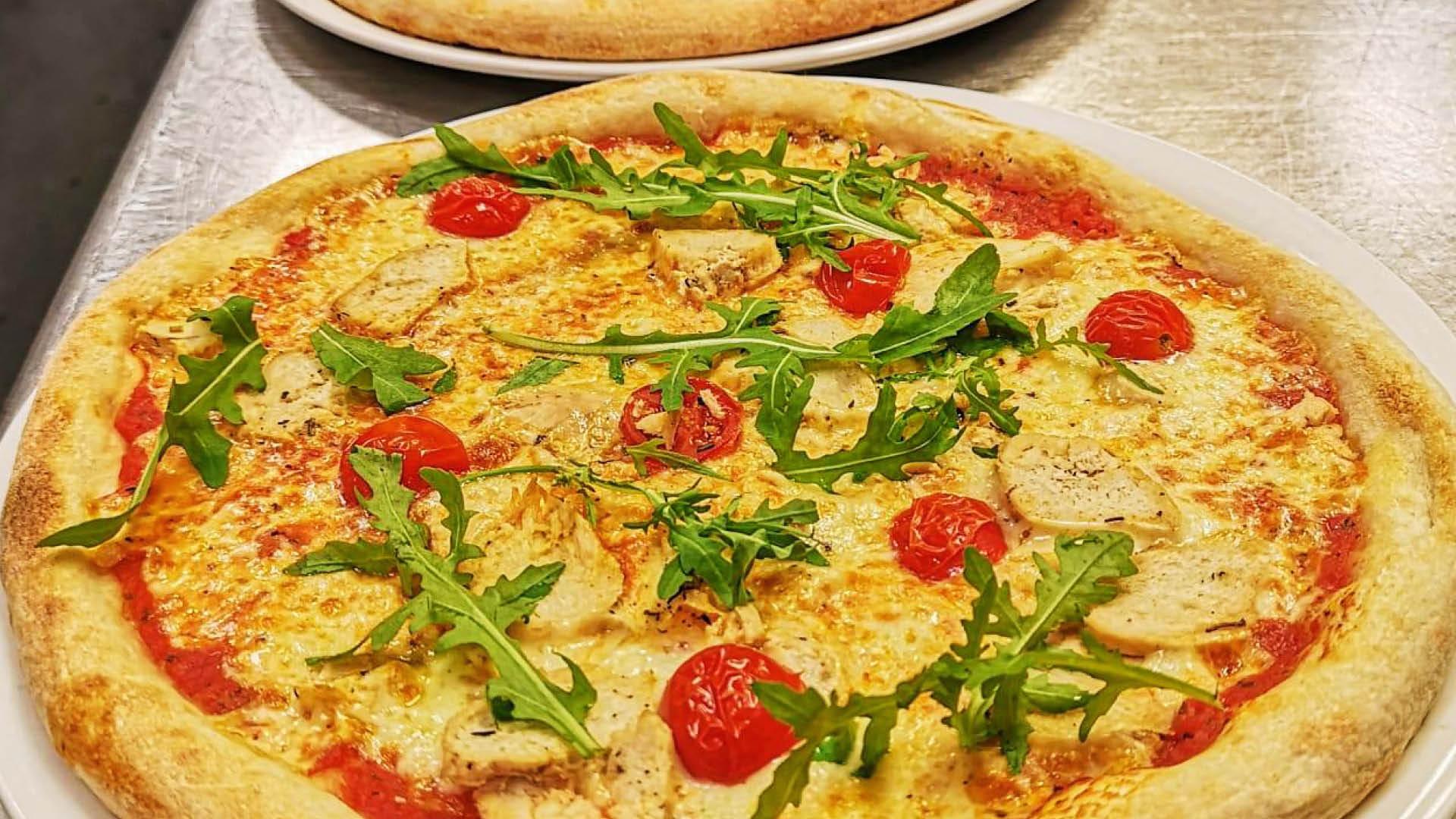 Pizza fra Fortunato på CC Hamar